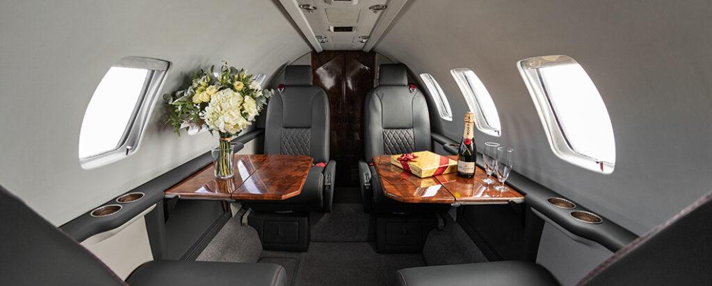 Interior aeronave Initium