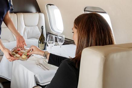El viaje en jet privado Initium