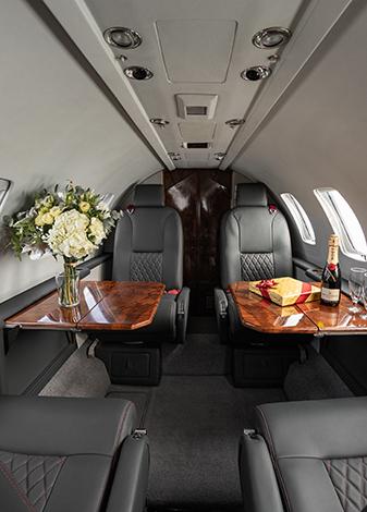 Cessna citation Ultra cabina media/baja 1